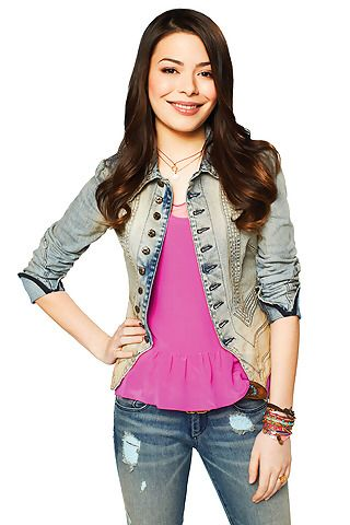 Best picture of Carly yet | iCarly | iCarly by Fotogräfin . | Pinterest