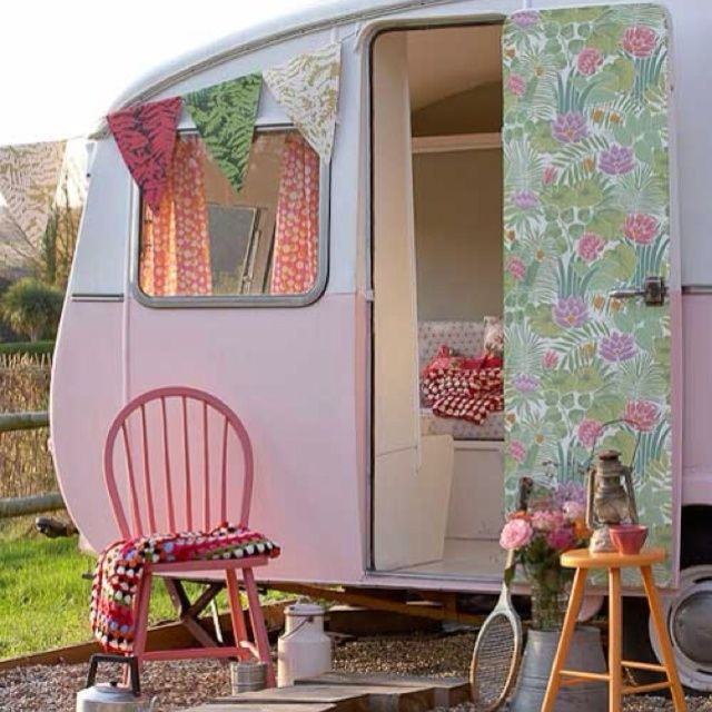 Cute Retro Trailer Pink Vintage Travel Camper Interior Design