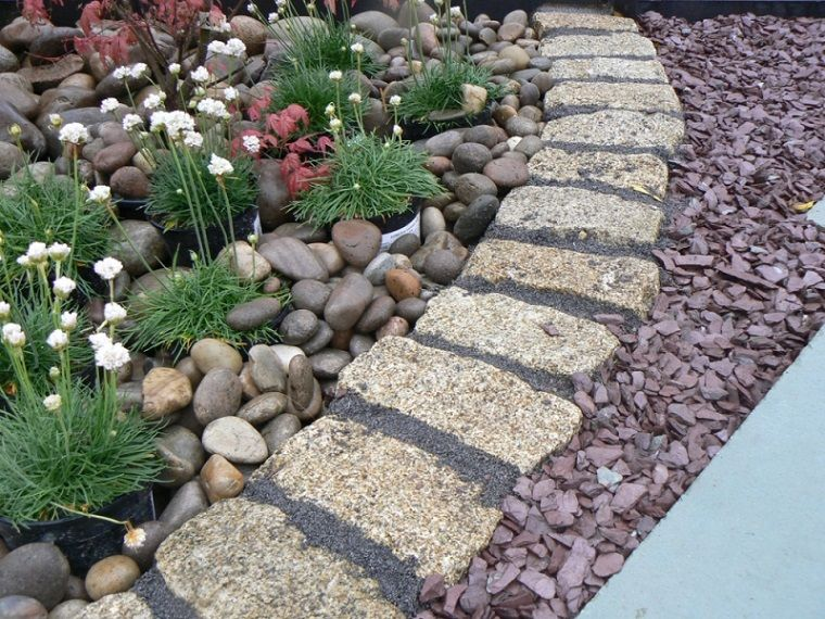 decorar jardines con piedras y cortezas - Piedras Jardin