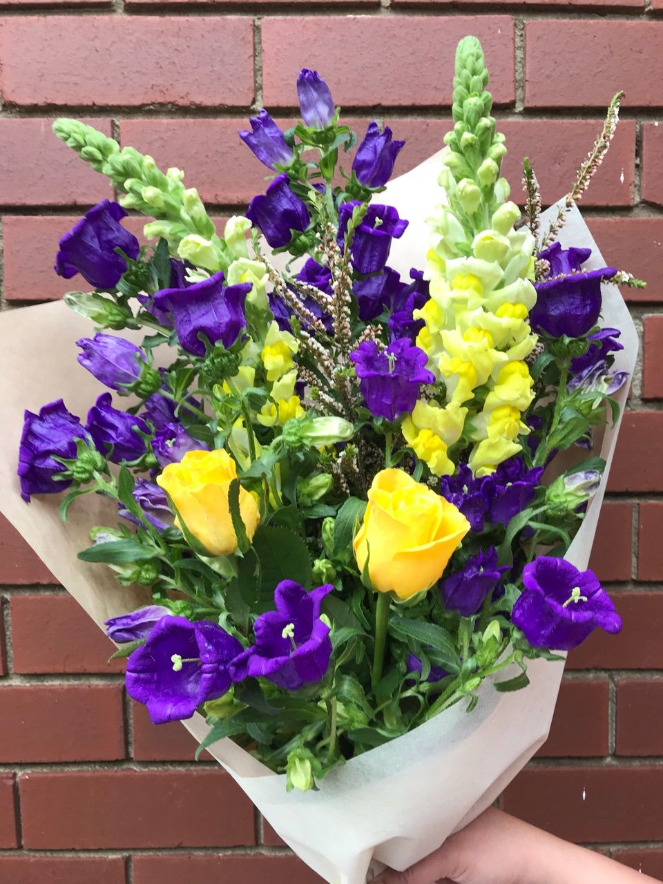 Melbourne Fresh flowers is a best flower delivery service