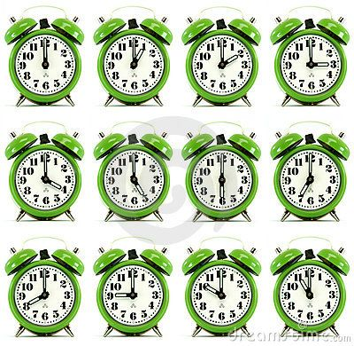 Doce horas de reloj de alarma.