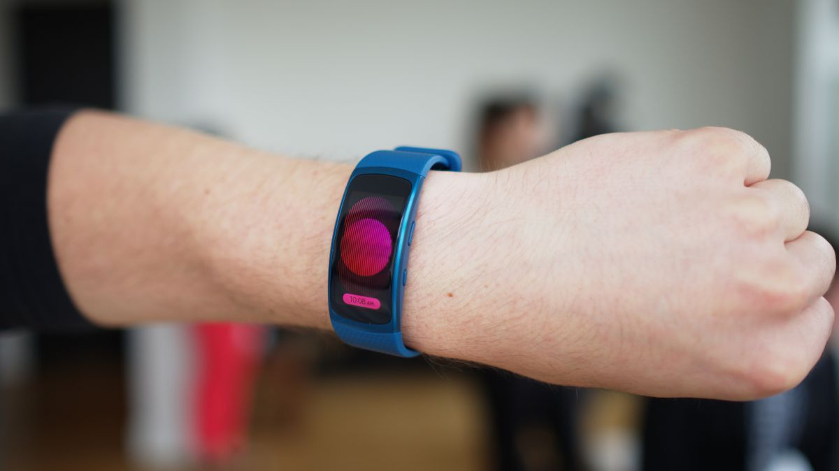 Samsung Gear Fit 2 Review