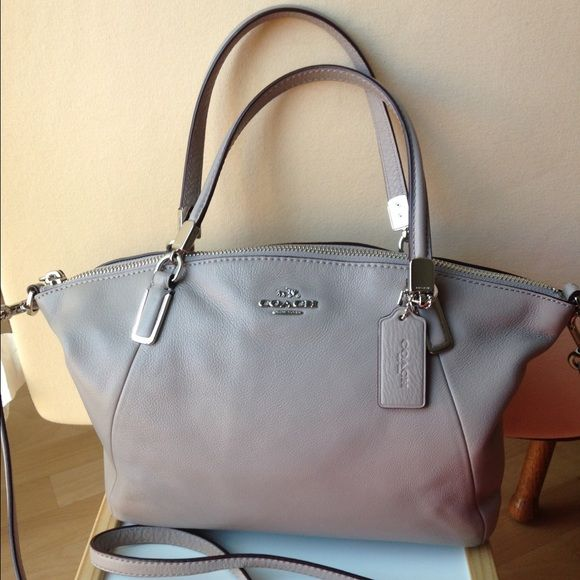 like new coach small Kelsey satchel purse Like new coach small Kelsey  satchel in gray birch. Only used a couple times. Perfect condition and no  flaws. a252de6e49758