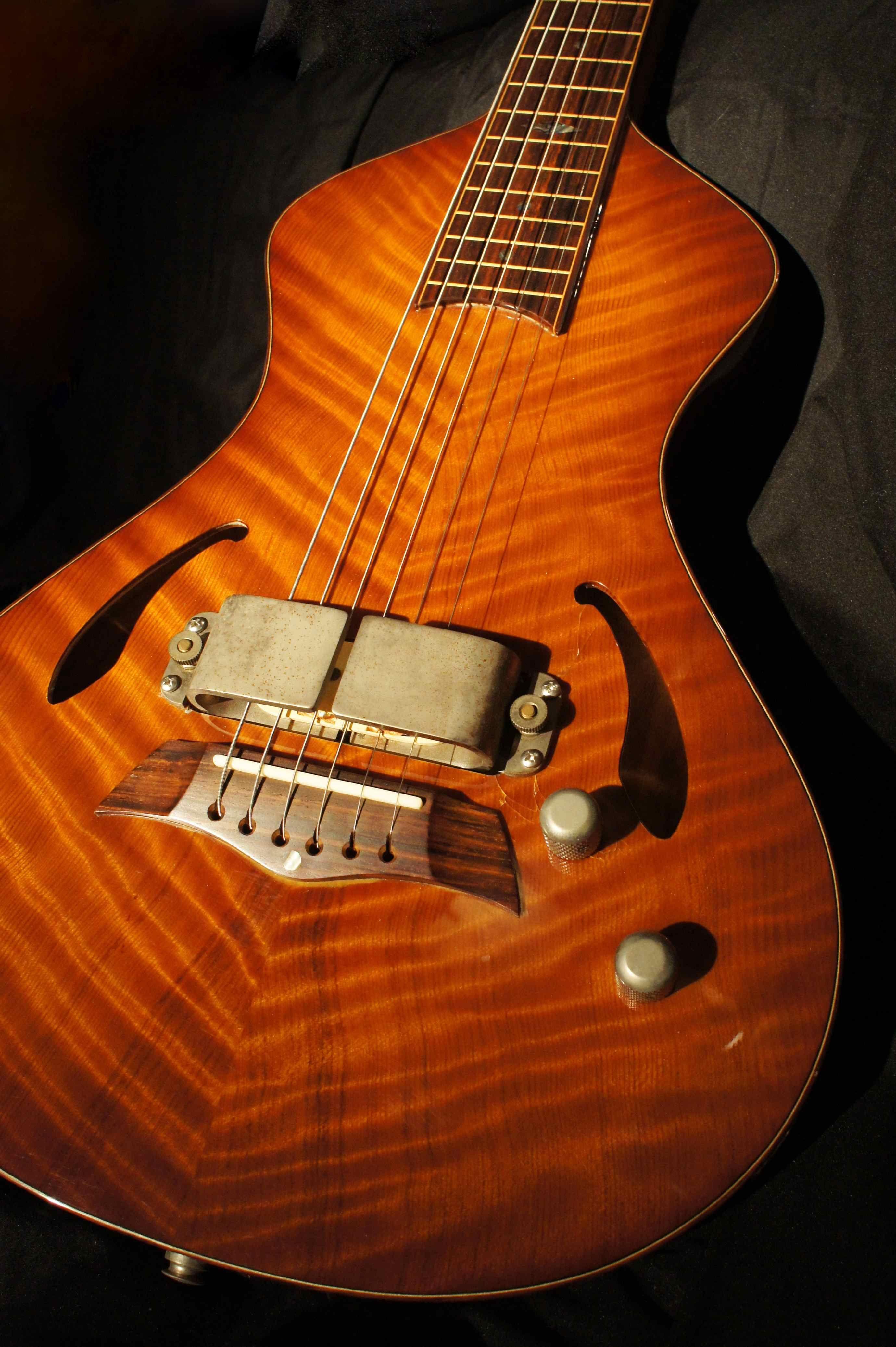 2003 asher guitars custom dual tone electric lap steel guitar for rich robinson the black. Black Bedroom Furniture Sets. Home Design Ideas
