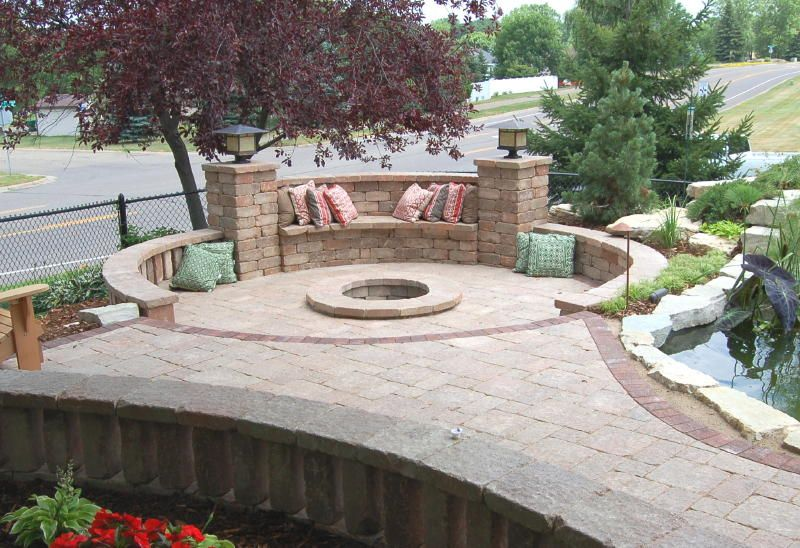 Patio designs with fire pit sitting walls sunken fire for Built in fire pits designs
