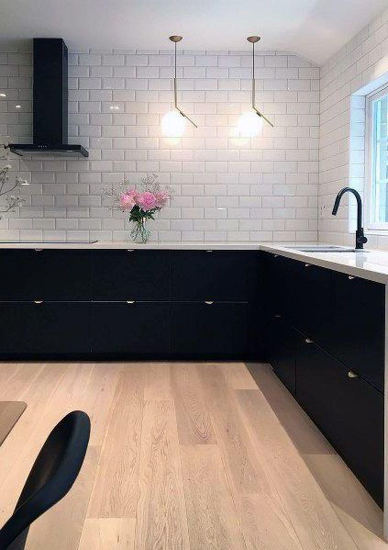 34 Elegant Black And White Kitchen Cabinets Design Ideas To Copy