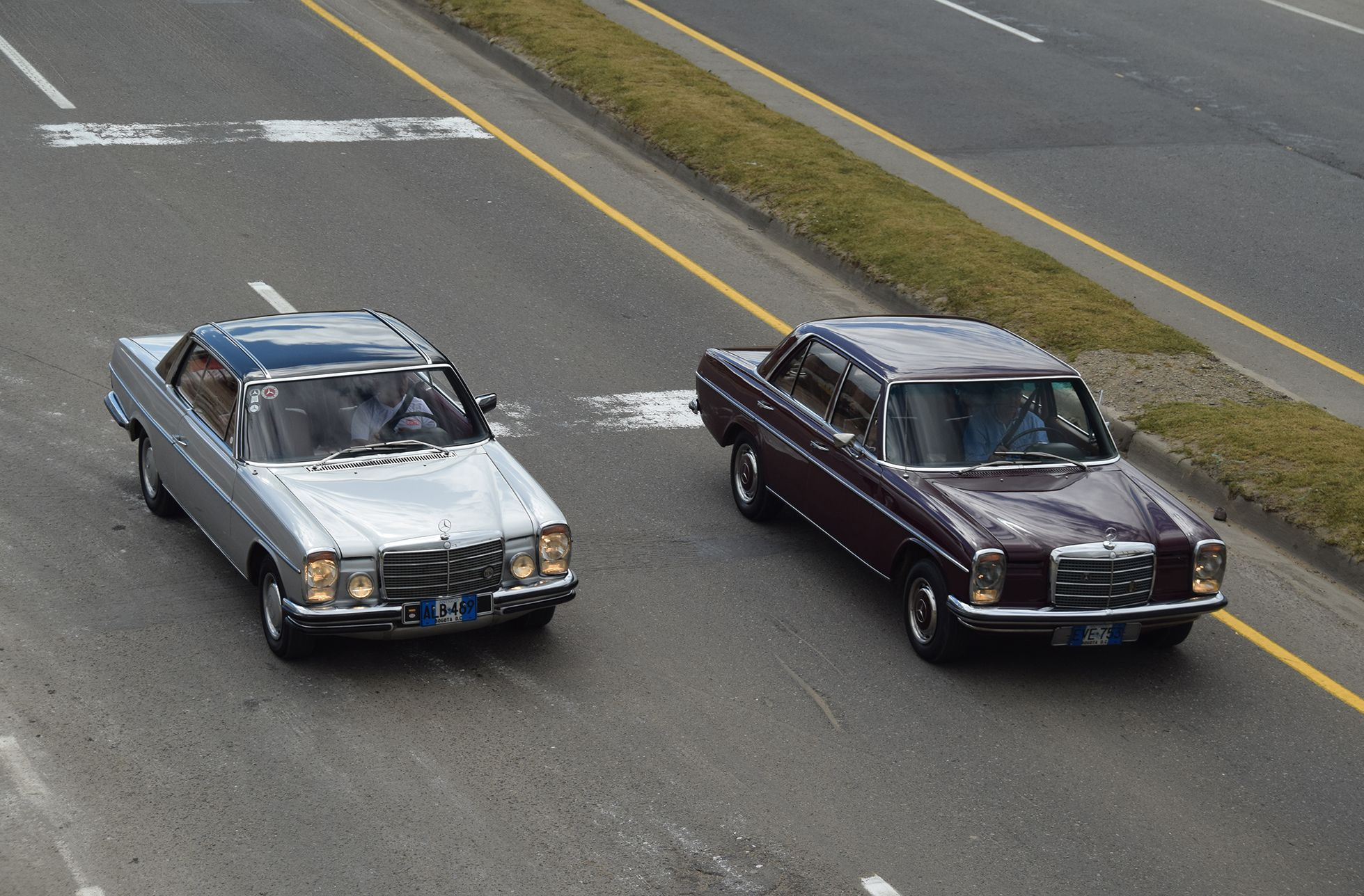 Mercedes Benz 250 2 8 1976 & 230 1970 W 114 Chocontá Colombia