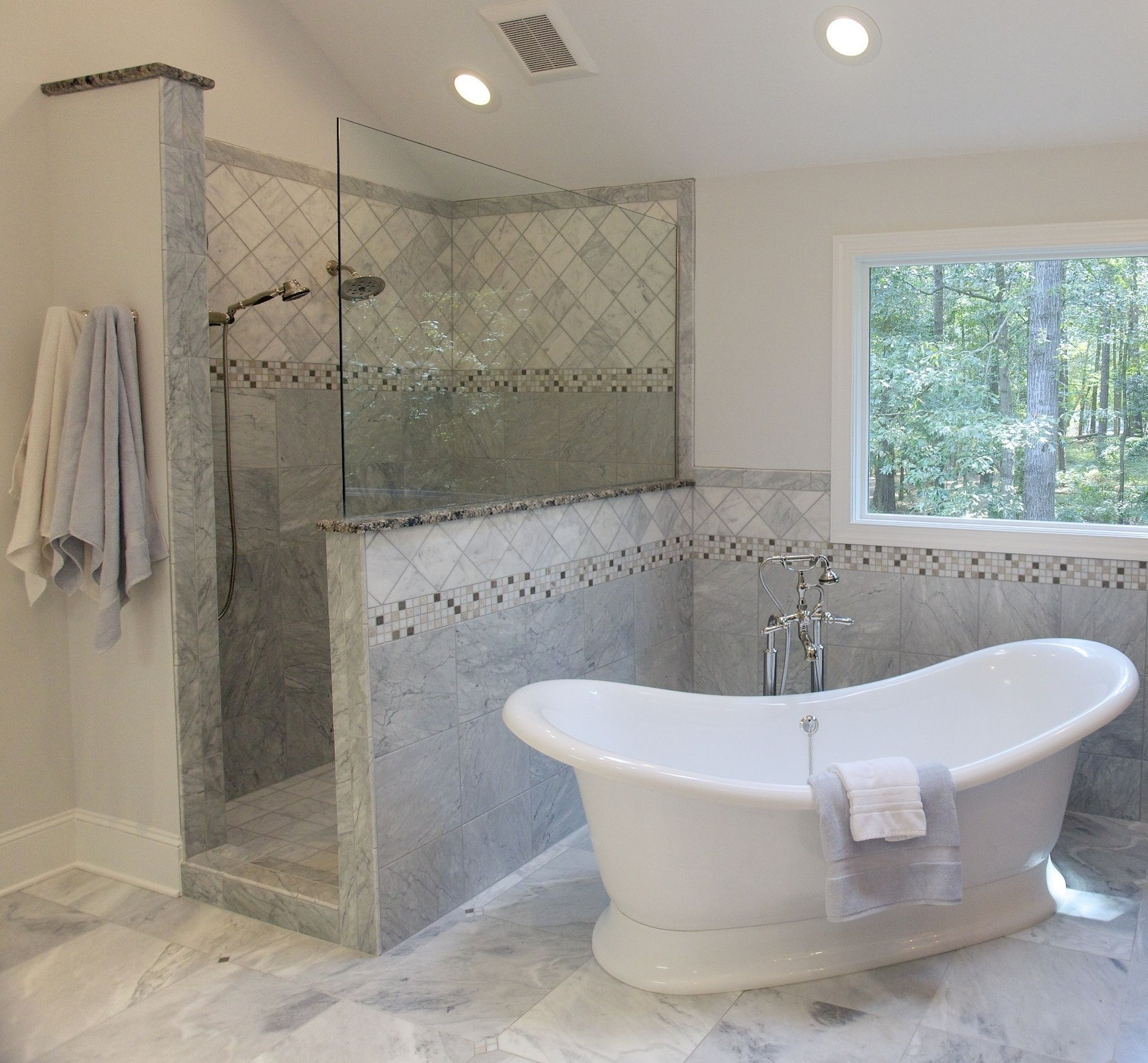 Romantic master bathroom ideas - Master Bathroom The Walk In Shower Makes This Low Maintenance The Slipper