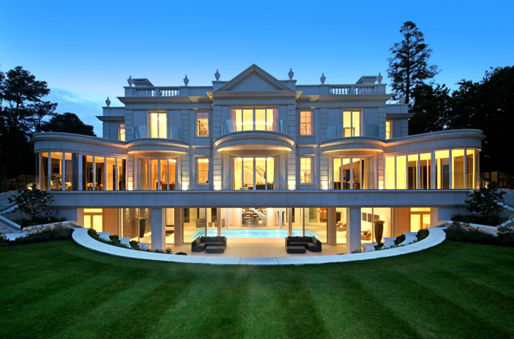 This Stately Newly Built Mansion Dubbed The Ramparts Is Located On Tor Lane In St George S Hill Weybridge Su Mansions Weybridge Luxury Homes Dream Houses