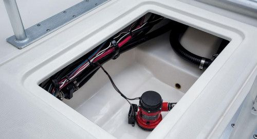 mako 21 lts the bilge of the 21 lts is gel coated which looks good 1978 mercruiser wirin…  yamaha wiring diagram