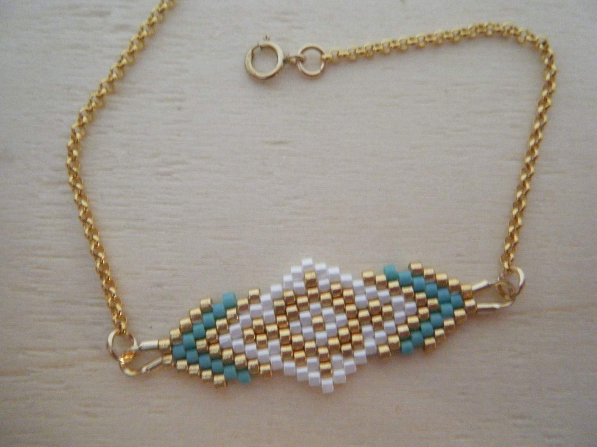 PRIX ROND - Fin bracelet tissé main, chainette plaqué or - modèle Cerise