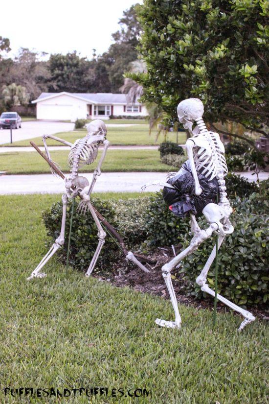 DIY Skeleton Lawn Decor for Halloween Outdoor halloween