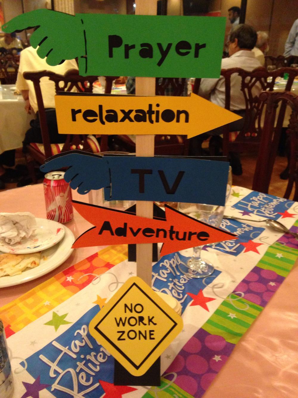 Retirement Dinner Paper Plates 8 Pieces Party Supplies