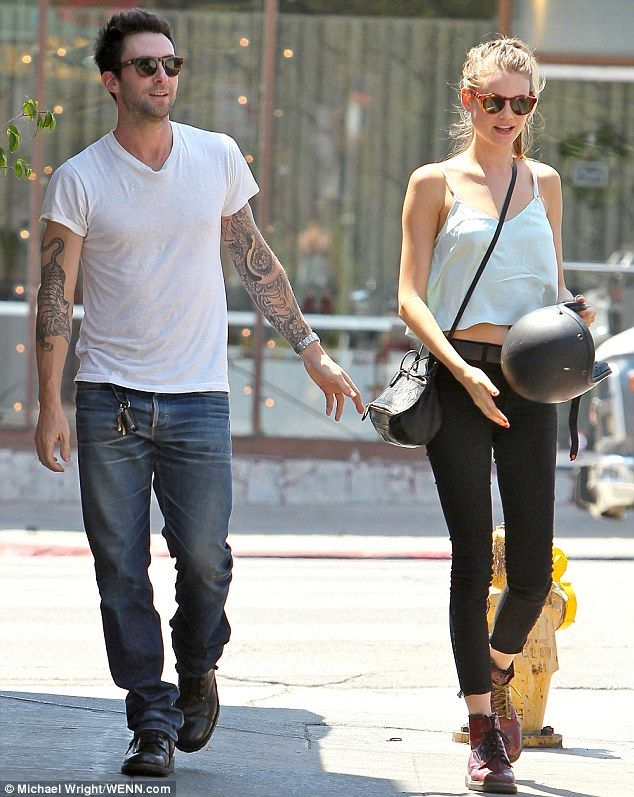 She Gets His Motor Running Adam Levine Can T Stop Smiling As He