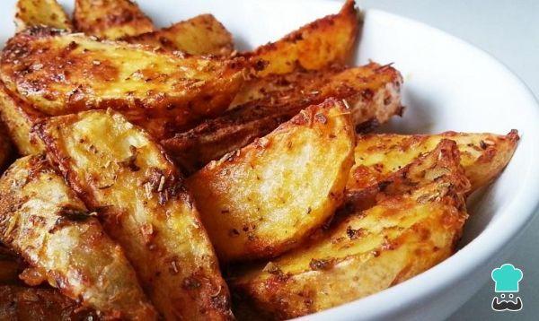 Receta de Patatas gajo especiadas al horno