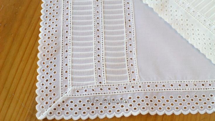 La combinación de tira bordada y valenciennes me encanta. En