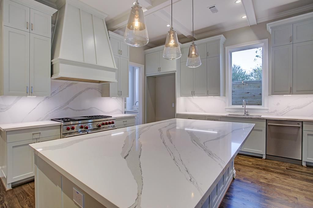 Delicieux 1008 6th 1/2 St Houston, TX 77009: Photo Amazing Cambria Brittanica Quartz  Countertops And Back Splash