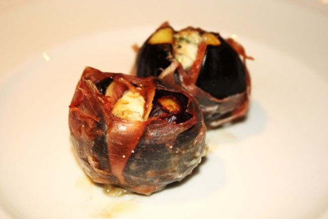 Baked Figs in Parma Ham with Blue Cheese (With images ...