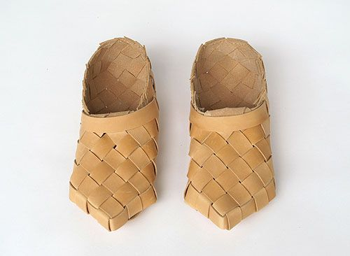 Traditional Finnish Woven Leather Shoes Would Be Nice Slippers To Wear Around The House Leather Shoes Diy Woven Leather Shoes Scandinavian Shoes