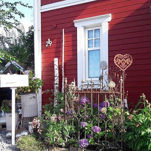 Geliebtes Schwedenhaus (@geliebtes_schwedenhaus) U2022 Instagram Photos And  Videos. Garten Deko, Haus ...