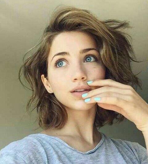 Beautiful Brown Short Hair And Beatiful Big Blue Eyes Short Hair Styles Hair Styles Thick Hair Styles