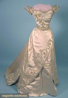 WORTH PARIS BALLGOWN, c. 1900  This.is.BEAUTIFUL!