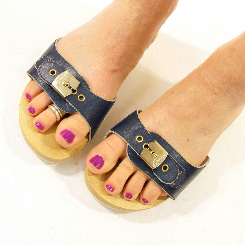 d873ed918b30 Dr Scholl s Wooden Platform Sandals   Clogs   Women sz 6