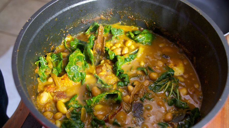 Vegetarian curry from miguel the livingroom south african recipe vegetarian curry from miguel the livingroom south african recipe forumfinder Images