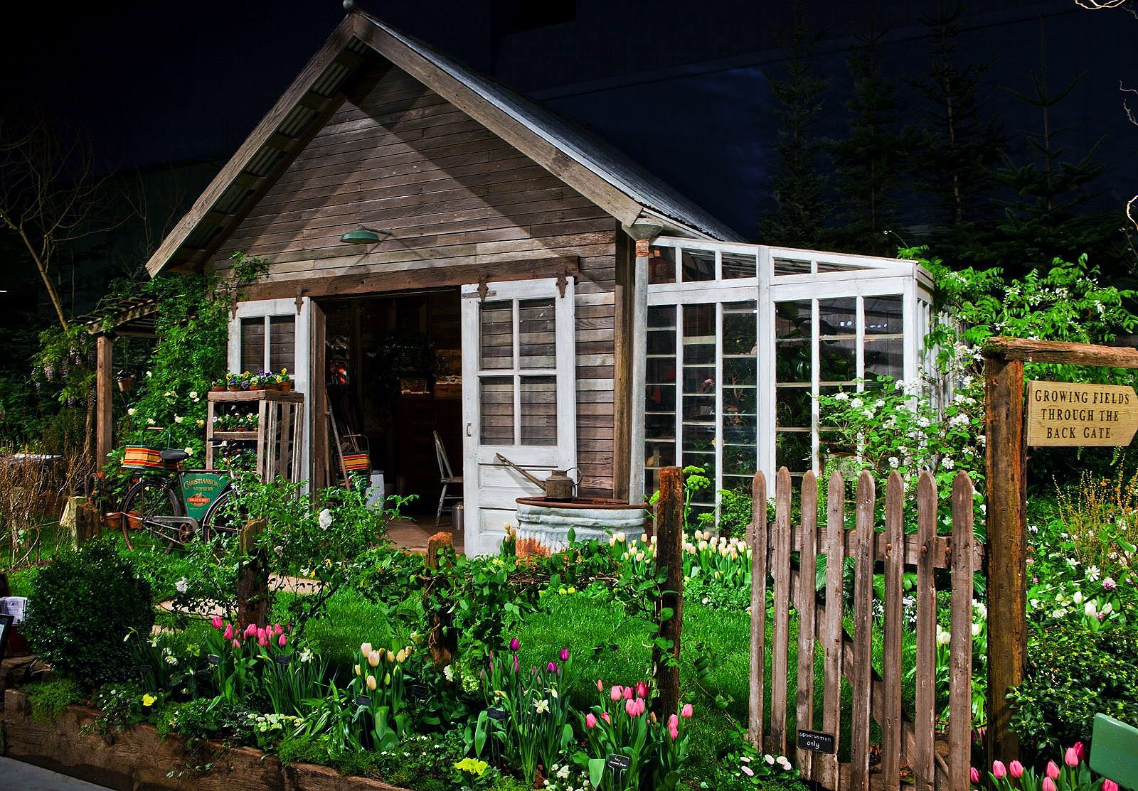 17 Best images about Cute Studio Sheds on Pinterest Gardens