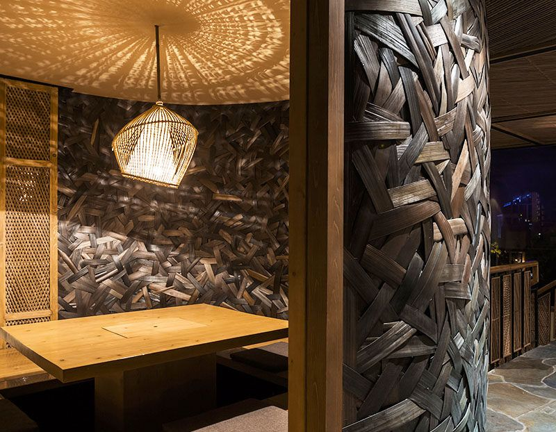 Woven Bamboo Walls Create A Textured Room In This Restaurant With Images Bamboo Wall Bamboo Bamboo Art