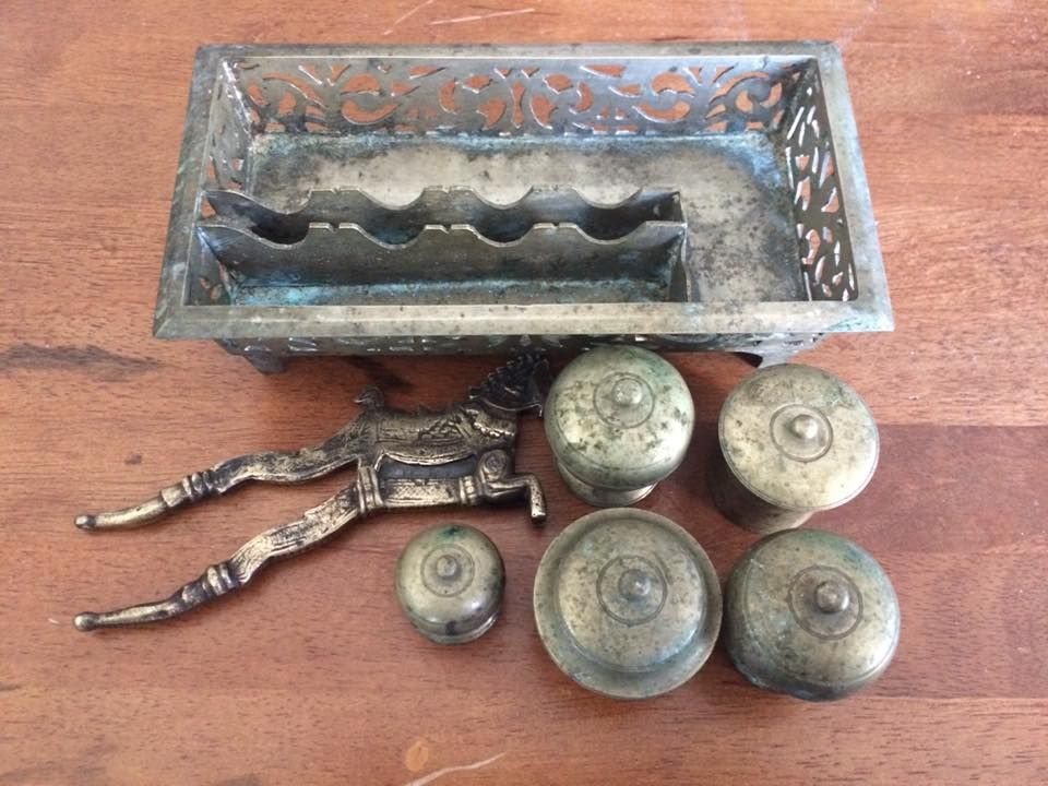 20th Century Antique Candleholder Brass Style Renaissance Pattern Chiseled Early 20th Strengthening Sinews And Bones