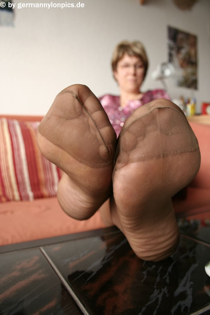 Mature feet nylon