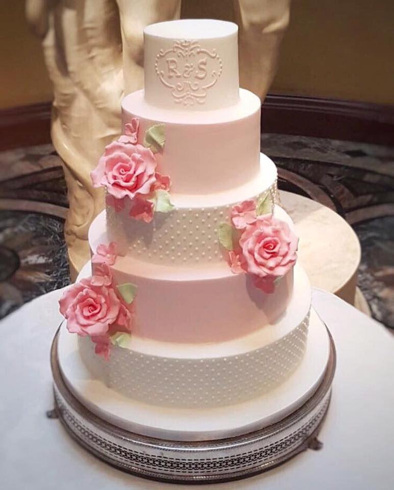 Luxury Wedding Cakes London Hertfordshire Bedfordshire Pastel Pink Cake With Sugar Craft Roses