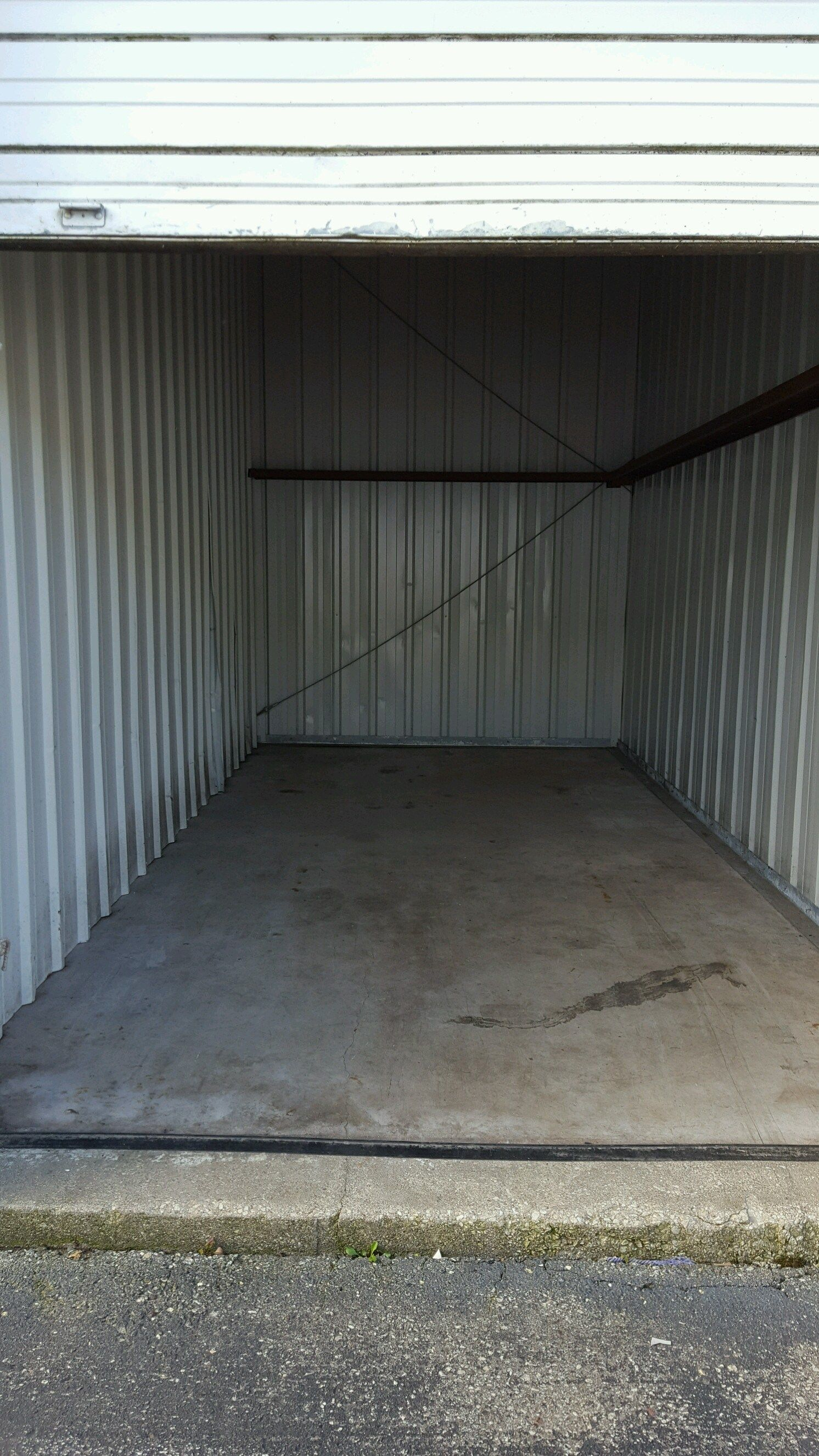 How Do You Find Storage Auctions Research