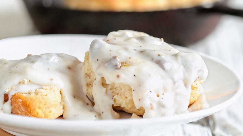 Creamy Homemade Country Gravy Homemade Recipes In 2020 Sausage Gravy Homemade Recipes Turkey Gravy Recipe Easy