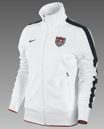 oh... and track jackets...   i mma t-shirt kinda girl in 2019 ... e38442dc221f
