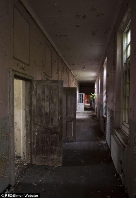 Behind The Locked Doors Of An Edwardian Asylum