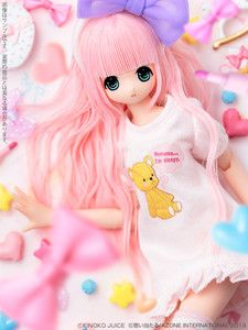 Really want this Azone! So cute and just fairy kei awesomeness everywhere!