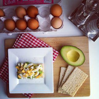 Avocado + egg crispibreads