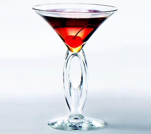 Wedding Cake Martini 2 Ounces Vanilla Vodka 1 Ounce Pinele Juice Cranberry Teaspoon Splenda