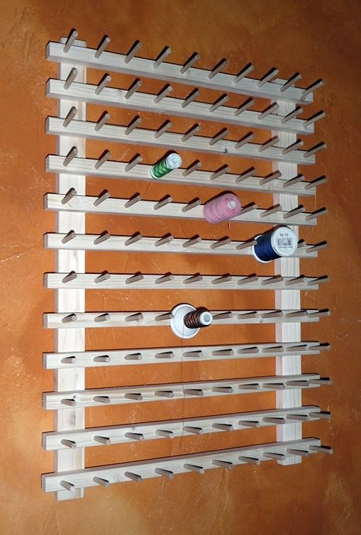 couture pr sentoir mural porte bobines pour 120 bobines de fil autres pi ces pour cr ations. Black Bedroom Furniture Sets. Home Design Ideas