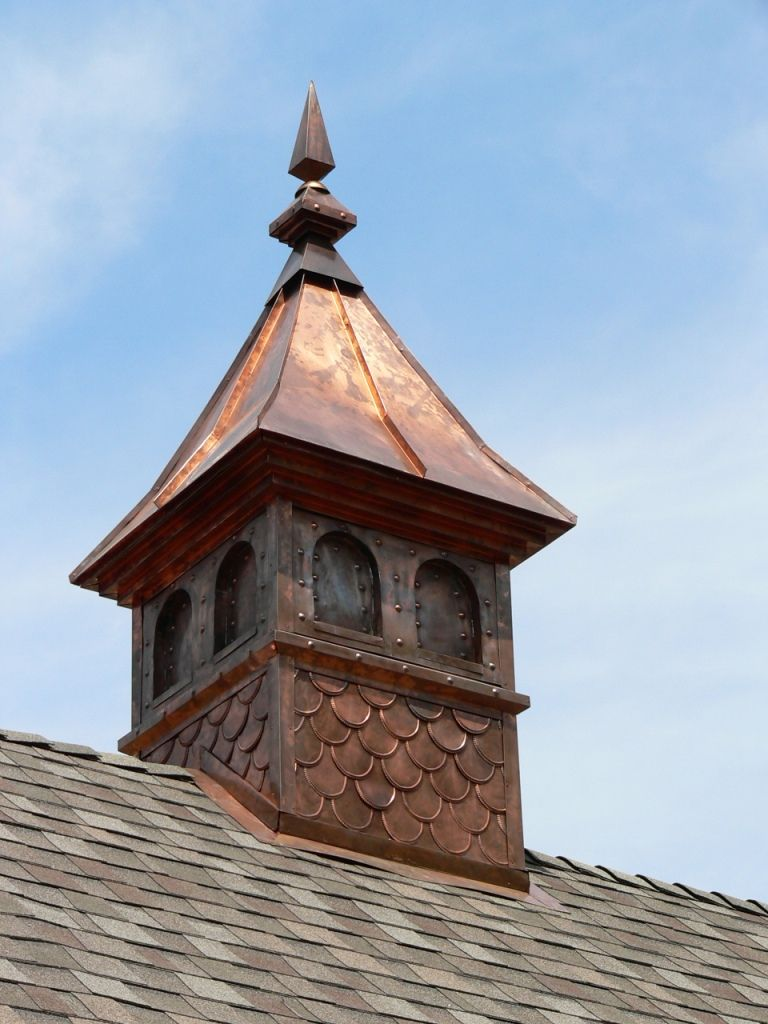 Copper cupola 58 pinterest barn exterior and house for Houses with cupolas