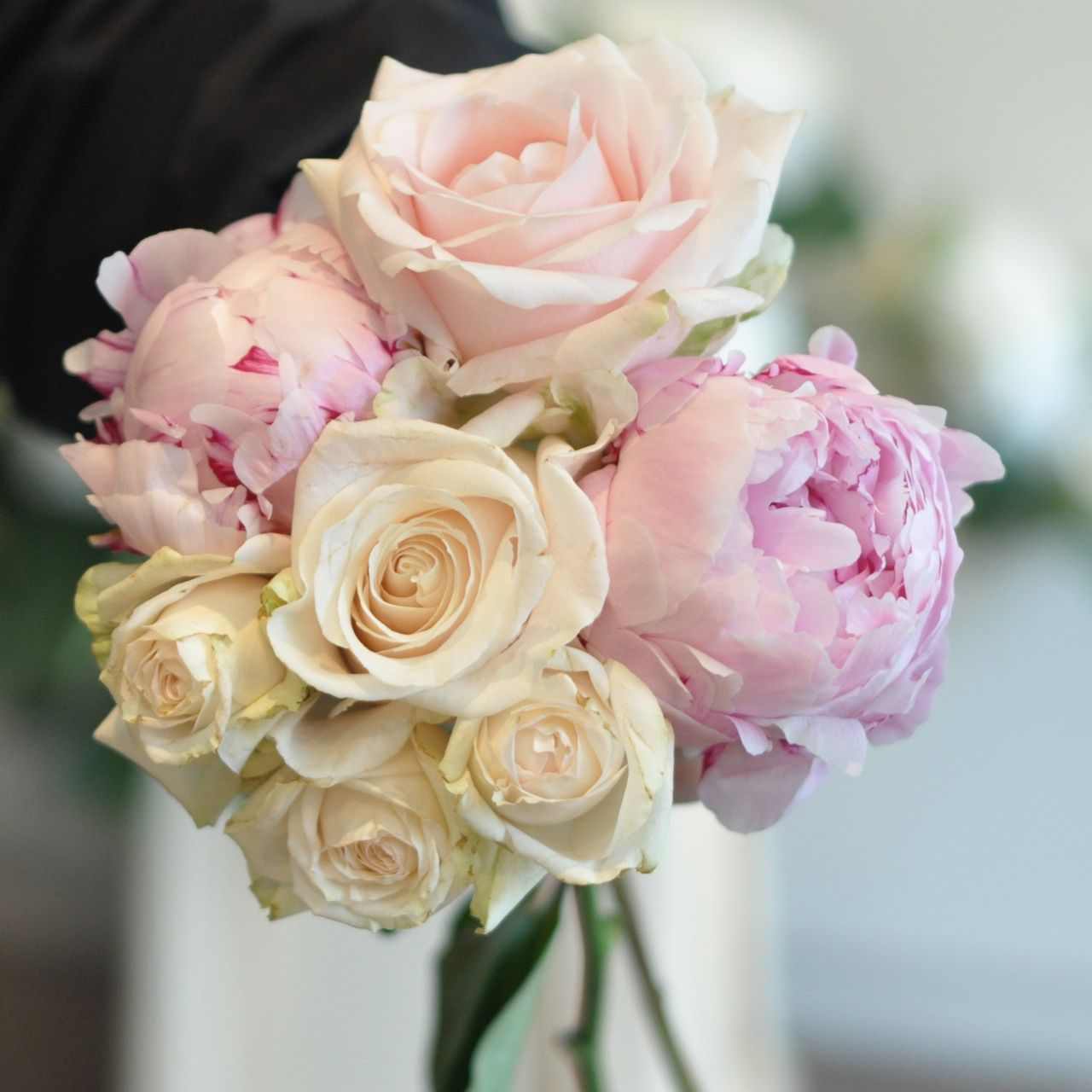 Flowers With Rounded Heads Will Create A Bouquet With A Classic Look