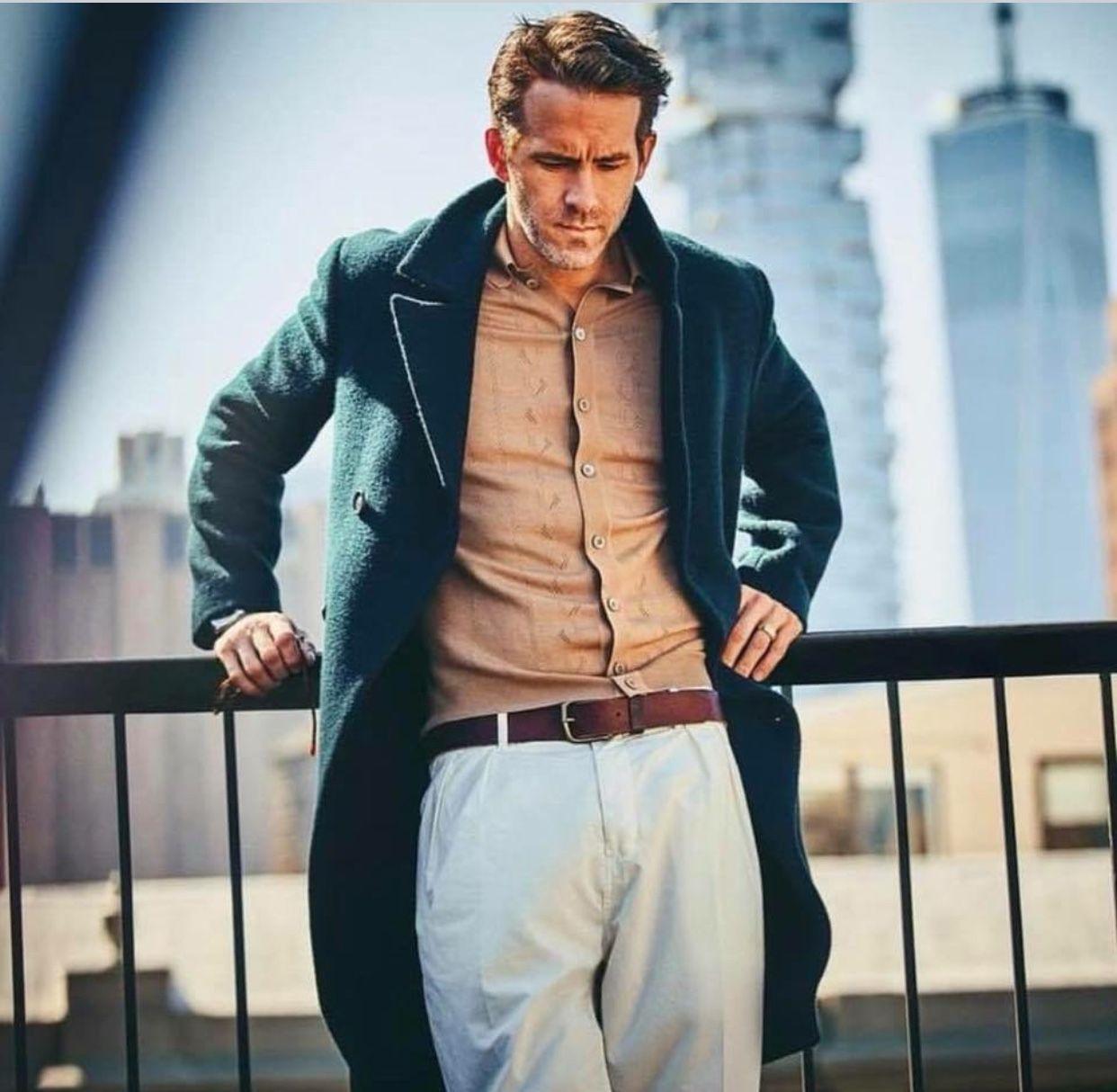 Ryan Reynolds Drawing Models Editorial Fashion Handsome Sexy Men Lust