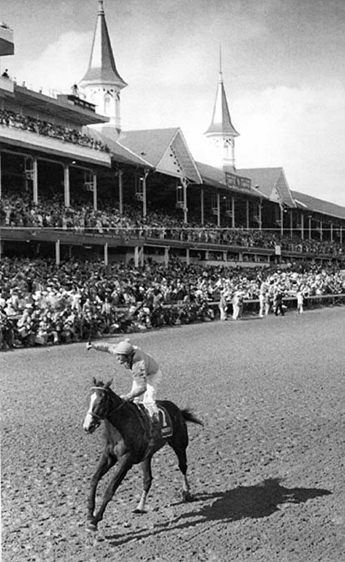 General view of the Kentucky Derby at Churchill Downs in