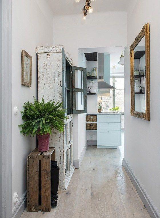 Apartment with glass wall suelo decoraci n de unas for Decoracion estilo clasico