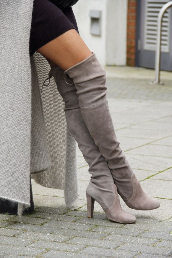 Grey Round Toe High Chunky Over-The-Knee Boots 17