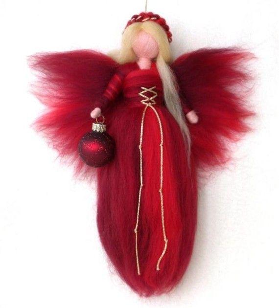 NEEDLE FELTED WOOL RED CHRISTMAS ANGEL XMAS ORNAMENT von Holichsmir #feltedwoolcrafts