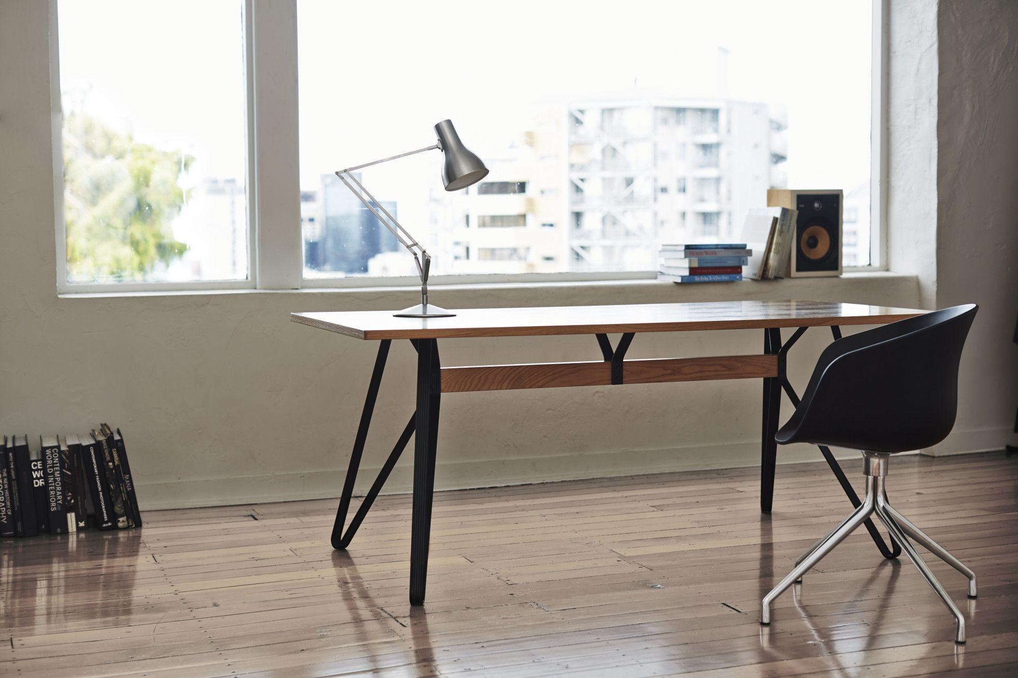 Monarch table déco bureaux pinterest desks and tables