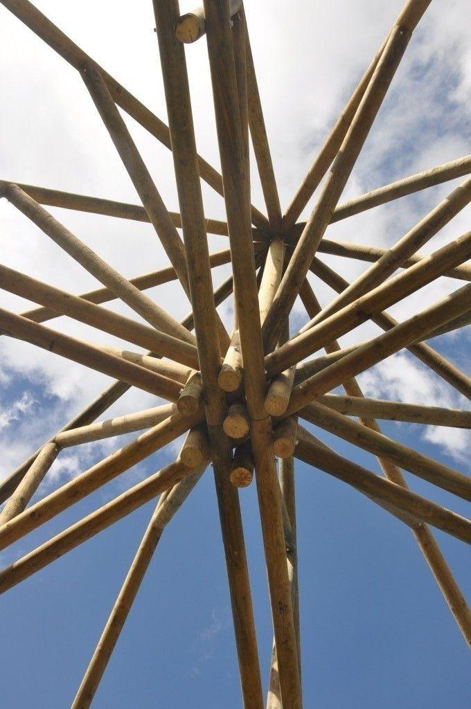 Estructuras en madera rolliza arquitectura ingenieria - Construccion de pergolas de madera ...